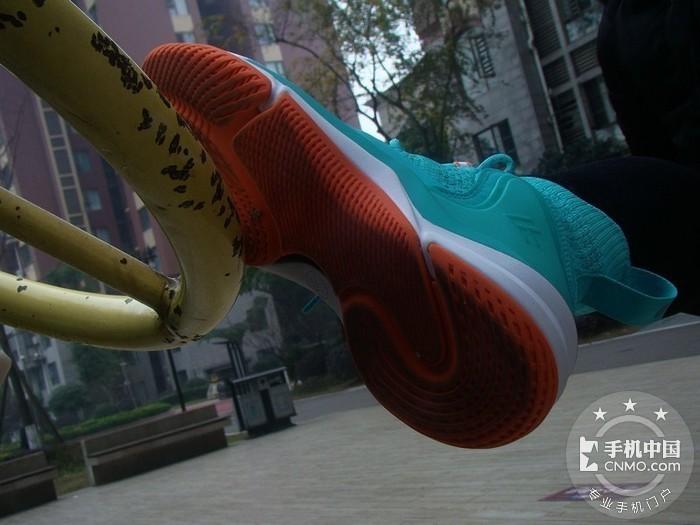青春飞扬 之 FREETIE 驭空篮球鞋第1张图_手机中国论坛